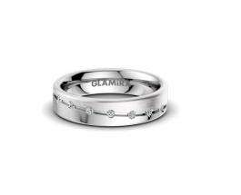 Bague de mariage : les alliances en or blanc pour plus de charme
